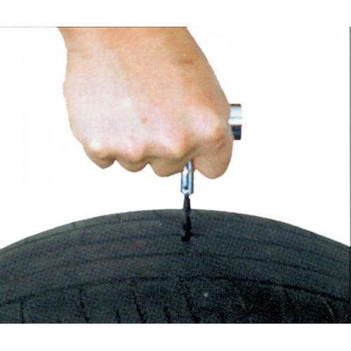 Инструмент для подготовки отверстия бескамерных шин для ремонта